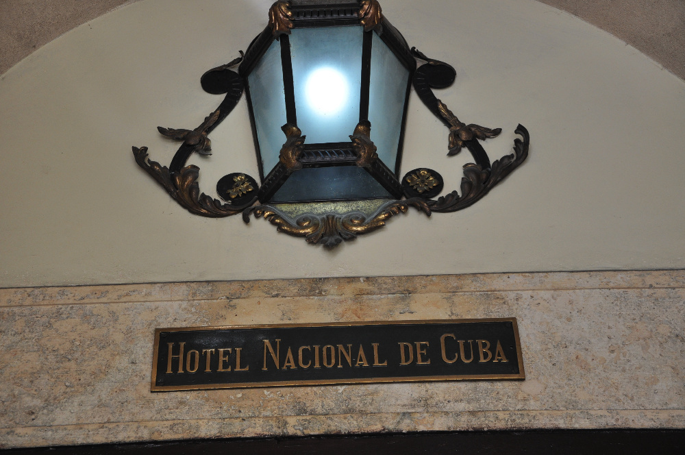 61 old nacional plaque